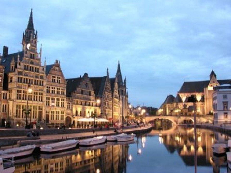 Khám phá top 10 thành phố lãng mạn nhất ở Châu Âu